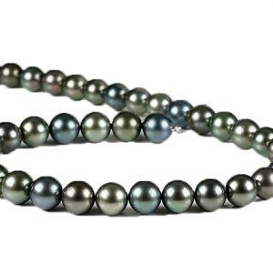 Tahiti-Perlen-Collier im eleganten grauem Farbverlauf mit Wechselschließe