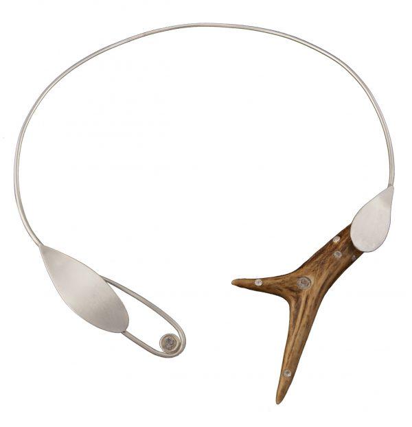 Rehhorn Collier mit SWAROVSKI ELEMENTS, Trophäen Schmuck aus Silber