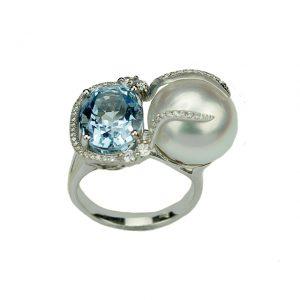 Elegantes Design, Weißgold-Ring mit Aquamarin, Südsee Perle und Brillanten